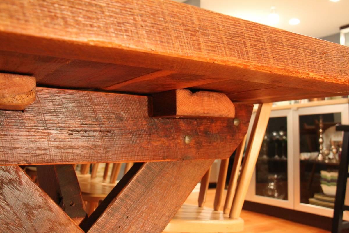 Classic Farmhouse Table Cross Legged Rustic Grain